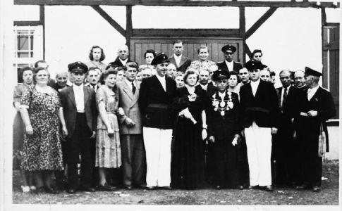 012 -- 1951 Koenig Josef Bankstahl