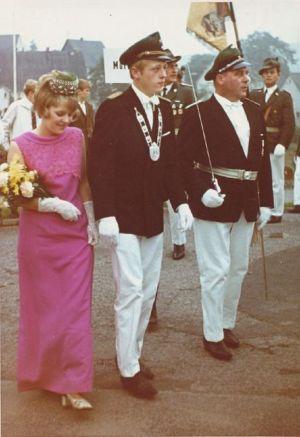 032 -- 1969 Jungkoenig Reinhard Bals