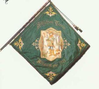 24-Fahne alt vorne